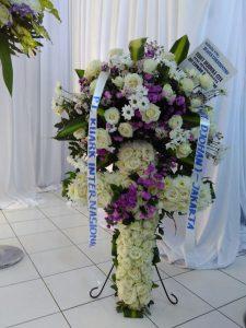 Karangan Bunga Duka Cita